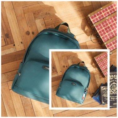 캐주얼 백팩 AZ054016 포레스트그린 PLUME BASIC 남여공용 13인치 포인트 가방