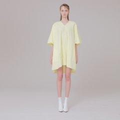 V-NECK dress detail 001 yellow