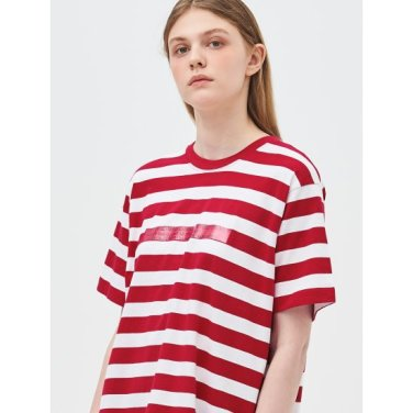 [Online Exclusive] 레드 볼드 스트라이프 레터링 티셔츠 (BF9342N066)