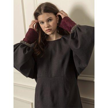 [까이에] Voluminous sleeves oversized dress