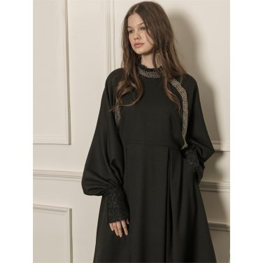 [까이에] Voluminous sleeves embellished dress