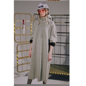 [TAZE][출고지연] Banded Hoodie Dress2종(TZFW36)