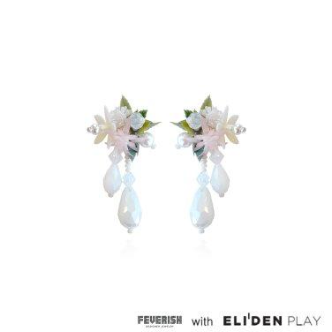 [피버리쉬] FLOWER BLAST SMALL DROP EARRINGS-WHITE (FB2E3)
