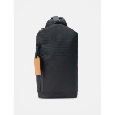 트래블 미디엄 슬링백 - Black (BE96D2M025)