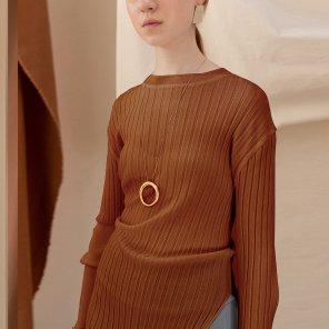 Luton Unbalance Sleeves Knit TOP [Bric Red] (JC19SSKT03_BR)