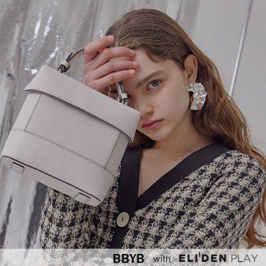 [비비와이비][김혜윤,이영은,김보미,함은정 착용] Tindy Square Bag (09I1210B6J)
