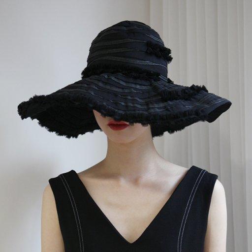 Soft frill hat - Black