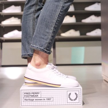 FRED PERRY   남성언더스핀 레더 Underspin Leather(100)SFPM1834149-100