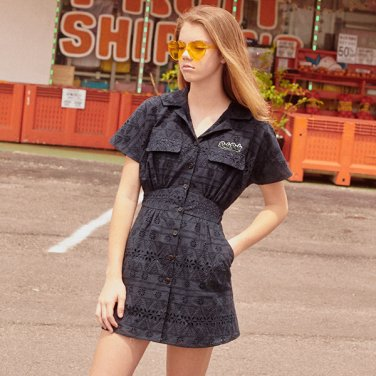 (OP-19335) EYELET LACE ONE-PIECE NAVY
