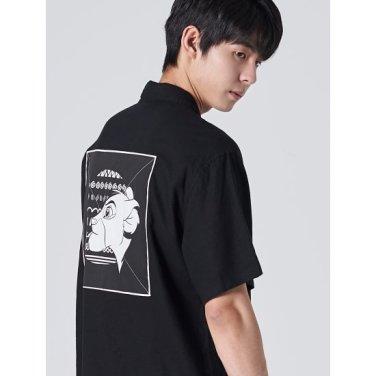 남성 [라이온킹] 블랙 우븐 패치 반소매 셔츠 (429765LX15)