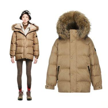 [쇼핑백증정]여성 스웨이드 중기장 FUR 다운자켓(JKJDW18118BEI)
