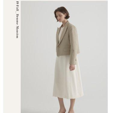 [비뮤즈맨션]Peaked short jacket 2color (19BMFW1E)