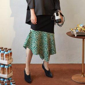 Been Leopard Pointed Skirt_Black (JC19FWSK08)