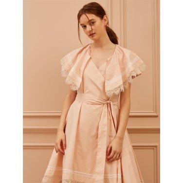 [까이에] Lace Trimmed Wide Collar Dress