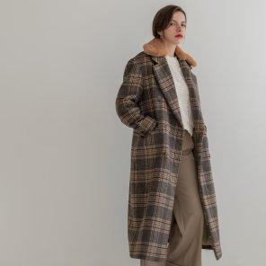 Fur Collar Wool Check Double Long Coat (2019WCT320_05)