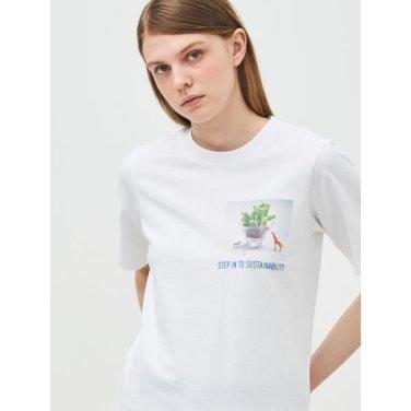 [Online Exclusive] 화이트 그래픽 프린트 베이직 티셔츠 (BF9342N031)
