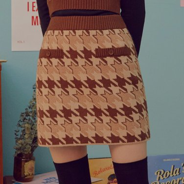 (SK-19731) HOUND TOOTH KNIT SKIRT BROWN