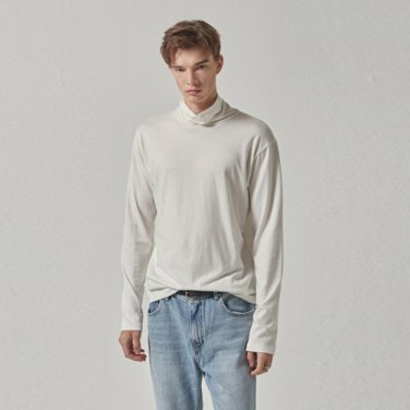 SOLID TURTLE NECK KNIT_WHITE