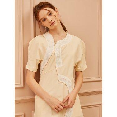 [까이에] Embellished Sequin Curved Power Shoulder Dress